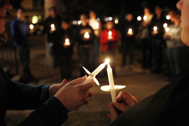 1022111_Candlelight_Vigil_1_AC