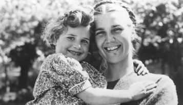 American Quaker Marjorie McClelland with Jewish refguee child, Vichy France (photo: Ha'aretz)