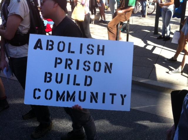 Cages-Kill-Freedom-Rally-Abolish-prison-build-community-Santa-Cruz-012415-by-Scott-Nelson